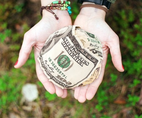 money-652560_640